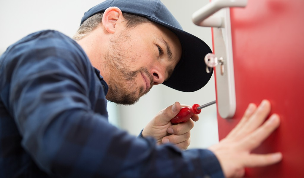 locksmith commercial keyboss